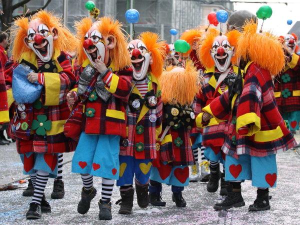 Strassenfest Costumers