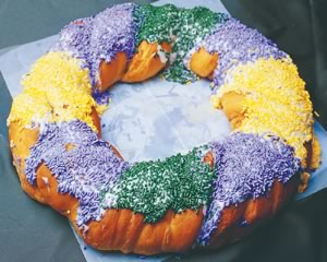 Delicious, Super Sugary King Cake
