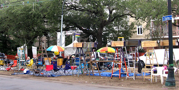 St Charles Avenue Neutral Ground Before Parades Start